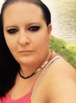 Victoya, 31  , Gyor