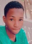 Diallo , 21, Abidjan