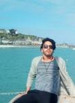 Mounir Sr, 30  , Saint-Malo