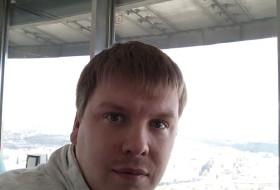 Ivan, 33 - Just Me