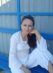 Elena, 45  , Minsk