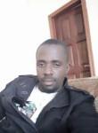 yan, 35  , Kinshasa