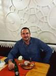 Anthony Charles, 52  , Milano