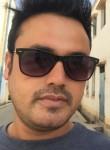 Vikmanzo, 31  , Kamarhati