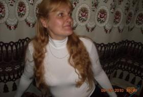 mariya, 54 - Just Me