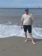 Anatoliy, 47, Russia, Chernyakhovsk