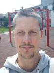 Petar, 30  , Cetinje