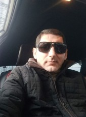 Artur, 39, Russia, Moscow