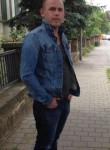 Liridon, 34  , Tirana