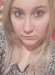 loëlia, 27  , Meulan-en-Yvelines