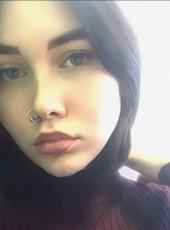 Katya, 18, Russia, Saint Petersburg