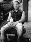 Javier, 24  , Manhattan (State of New York)