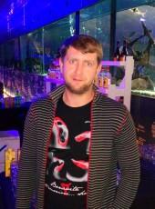 Igor, 37, Estonia, Parnu