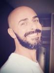 jho, 47  , Brindisi