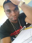 Styve, 25  , Yaounde