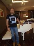 Roman, 41  , Magadan