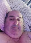 Roberto , 52  , Criciuma