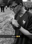Erwan, 20  , Chinon