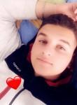 Arlind, 20  , Mitrovice