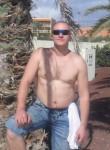 Edikas, 43  , Wisbech