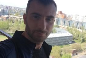 Denis, 36 - Just Me