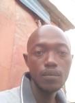 Youssouf, 18  , Dakar