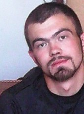 Mikhail, 31, Belarus, Karelichy