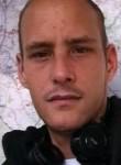Louis, 30  , Bruay-la-Buissiere