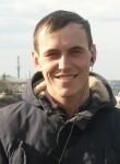 Vitaliy, 24  , Simferopol