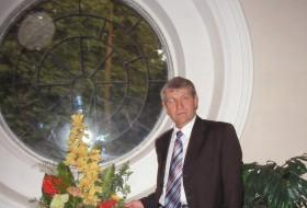 Miroslav, 69 - Just Me