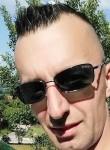 Asim, 18  , Tuzla