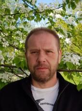 Viktor Yurevich Evstratov, 50, Russia, Moscow