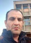 Stefan, 45  , Bucharest