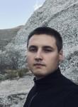 Aleksandr, 18  , Novorossiysk