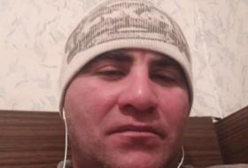 Zaur, 35 - Just Me
