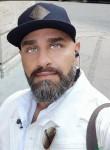Jameslahuks, 30  , Frederikssund