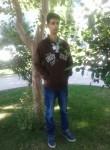 Metin, 26  , Istanbul