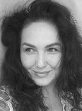 Baba Yaga, 36, Russia, Istra