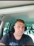 Anatolii, 43  , Chisinau