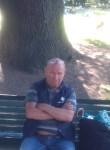 Ivan, 60  , Milano