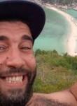 Salim, 40  , Courbevoie