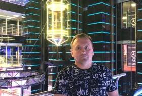 Igor, 46 - Just Me