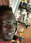 Djibril , 37  , Dakar