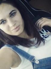 Elena, 19, Russia, Engels