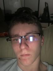 adam, 18, United States of America, Bay City (State of Michigan)