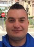 Victor, 29, Huesca