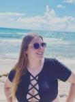 Monika, 20, Reston