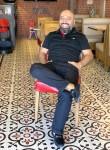 ömercan, 40, Istanbul