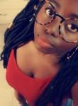 Marietta, 18  , Lome