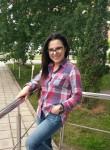 Yuliya, 38  , Skhodnya